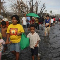 Students support Typhoon Haiyan relief