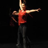 The jazz troupe, Jazz-Ma-Tazz, performed a dazzling number. (Alex Furuya)